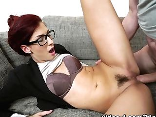 Shona Sea & Leslie Taylor In Executive Hookup - 21sextreme
