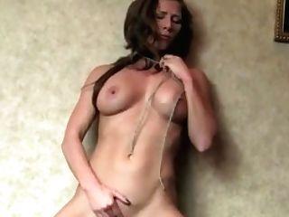 Fit Adult Movie Star Ariel X String-fondles Her Cooch