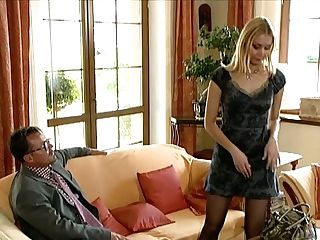 Lovely Blondie Starlet Vanessa May Gets Her Big Soft Tits Sucked