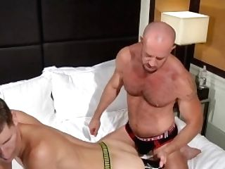 Club Inferno Cellar: Extreme Fuck Stick For His Gape