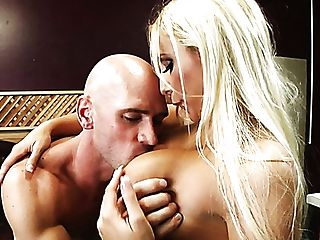 Alluring Blonde Damsel Brooke Fox Gives Head O Her Horny Acquaintance