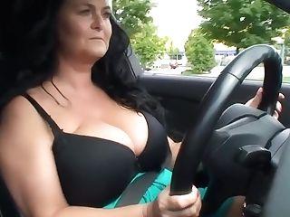 Big-boobed Reny Braless Driving